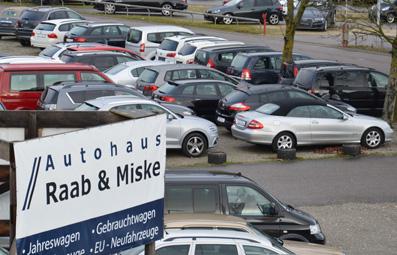 Ca. 2500 m² Autoverkaufsplatz
