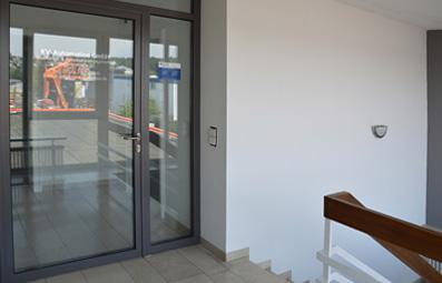 Treppenhaus und Eingang